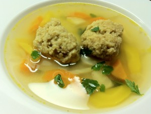 Gemüsesuppe mit Dinkelnockerl